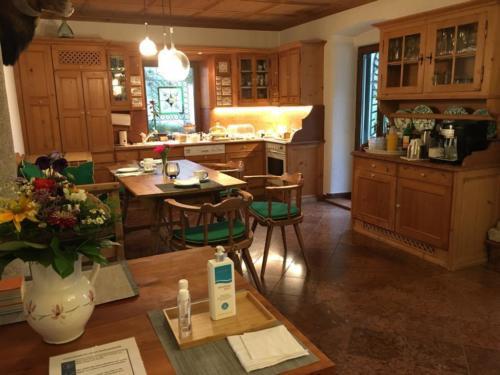 Frühstücks- und Wohnraum